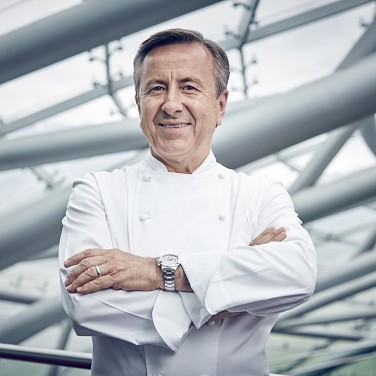 daniel_boulud_helge_kirchberger_photography_wire_roof.jpg